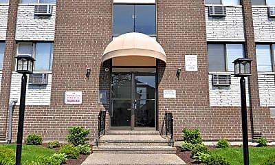 Leasing Office, Benham Apartments, 1