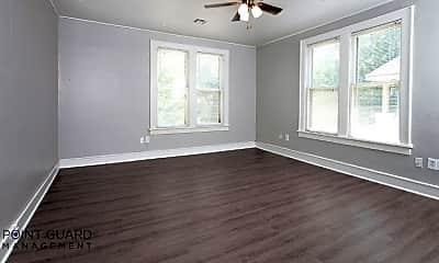 Bedroom, 133 N Estelle St, 1