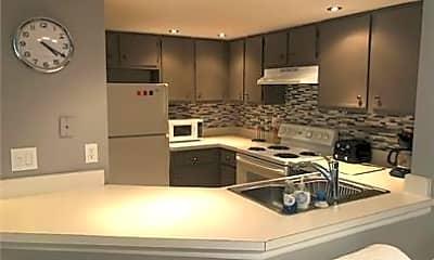 Kitchen, 3120 Seasons Way 305, 0