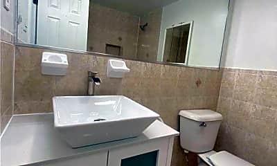 Bathroom, 436 Amber St 2ND, 2