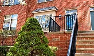 Building, 39463 Springwater Dr, 0