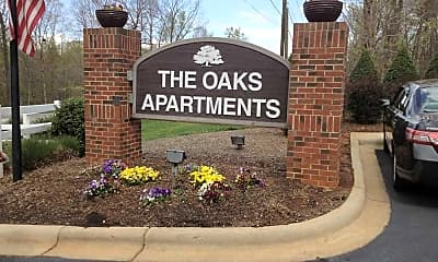 Community Signage, The Oaks Apartments, 2