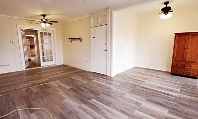 Living Room, 39 Harmon St, 1