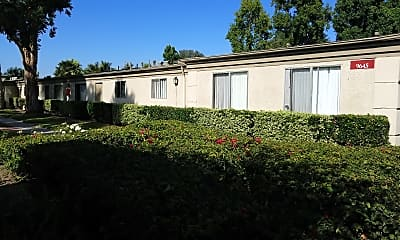 Rose Garden Apartments, 0