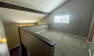 Living Room, 48255 Monroe St, 2