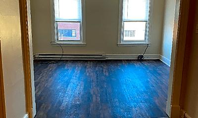 Living Room, 428 W King St, 0