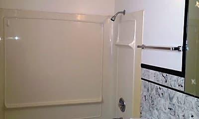 Bathroom, 715 W Washington Ave, 2