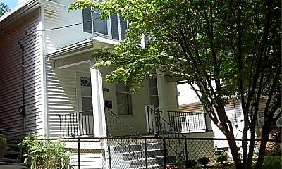 3617 Commonwealth Ave, 1