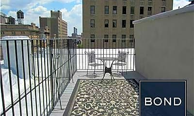 Patio / Deck, 207 2nd Ave, 2