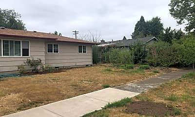 Building, 2485 Tyler St, 1