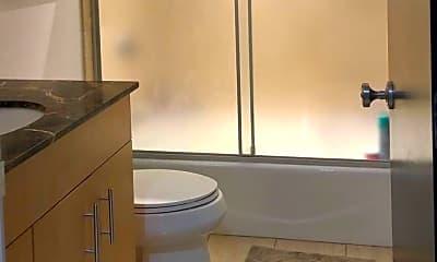 Bathroom, 101 Broad St, 2
