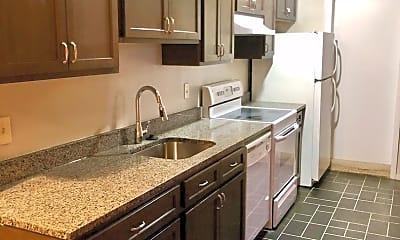 Kitchen, 809 St Paul St, 1