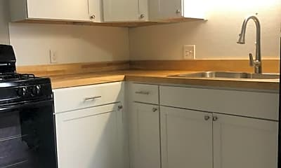 Kitchen, 14 Cedar St, 1