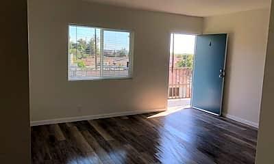 Living Room, 1230 N Evergreen Ave, 1