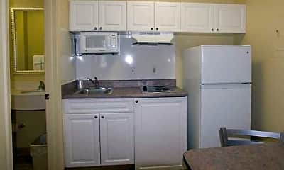 InTown Suites - Independence Blvd (IND), 2