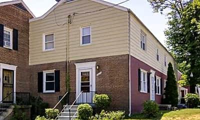 Building, 2435 Iverson St, 0