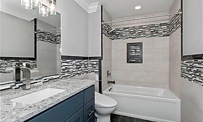 Bathroom, 123 E Willow St 2, 1