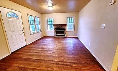 Living Room, 4404 SE 21st St, 0