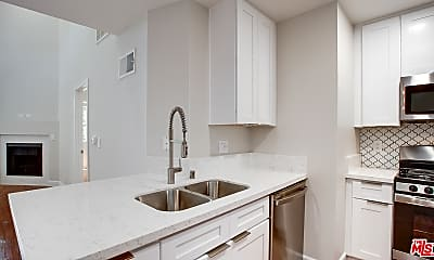 Bathroom, 1419 Peerless Pl 211, 0