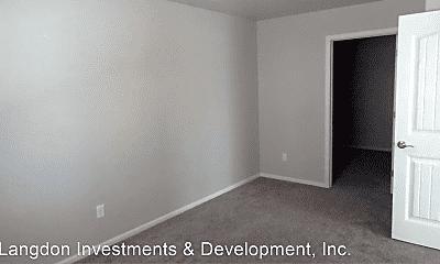 Bedroom, 825 N Grant St, 2