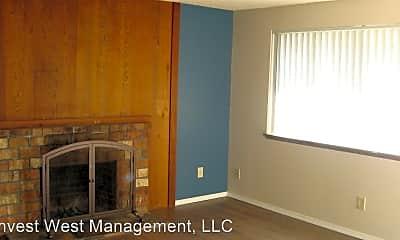 Living Room, 2809 E 19th St, 1