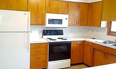 Kitchen, 1315 College St, 1