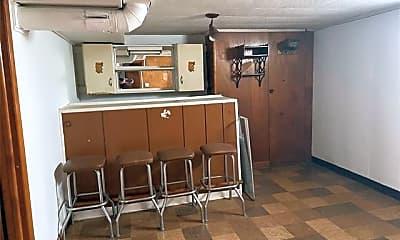 Kitchen, 3308 Chester Rd, 2