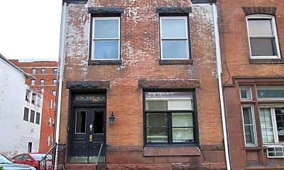 Building, 605 N Front St, 0