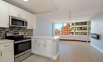 Kitchen, 5757 N Sheridan Rd 10G, 1