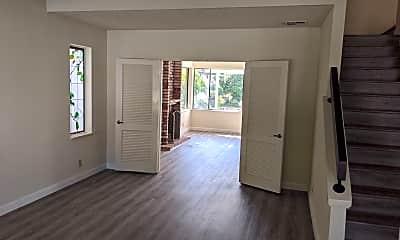 Living Room, 4053 Ashbrook Cir, 1