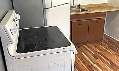 Kitchen, 2012 Plum St, 2