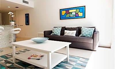 Living Room, 505 NE 20th Ave 111, 0