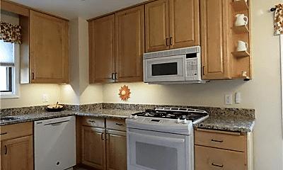 Kitchen, 2105 N Wilson Ave, 2
