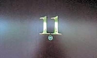 Building, 765 E 18th Ave, 1