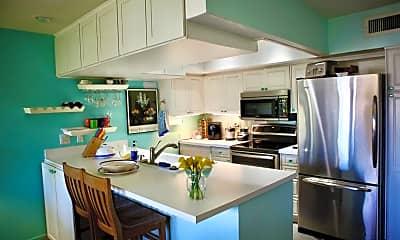 Kitchen, 1655 E Palm Canyon Dr 706, 1