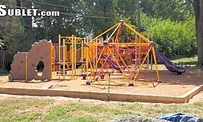 Playground, 524 Florida Ave, 2