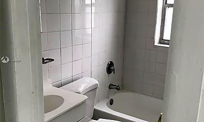 Bathroom, 1993 NW 56th St 0, 1