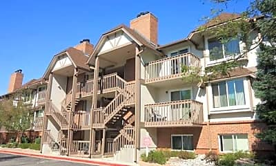 Dover Commons Apartments, 1
