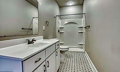 Bathroom, 1025 St Paul St 2, 2