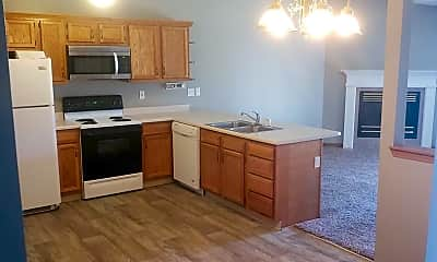 Kitchen, 3506 Thornhill Cir W, 2