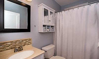Bathroom, 72 Salisbury Rd, 2