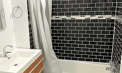 Bathroom, 555 N Virgil Ave, 0