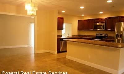 Kitchen, 718 SW Alton Cir, 1
