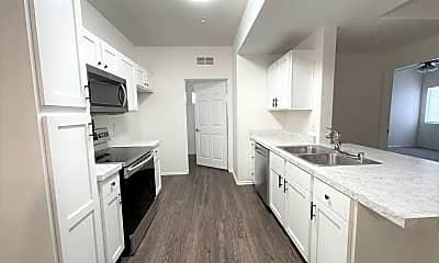 Kitchen, 41410 Juniper St, 0