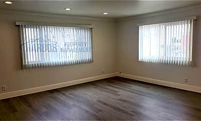 Bedroom, 529 W 16th St, 1