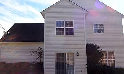 Building, 412 Grafton Court, 2