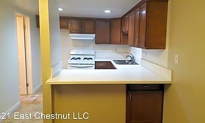 Kitchen, 821 E Chestnut St, 1