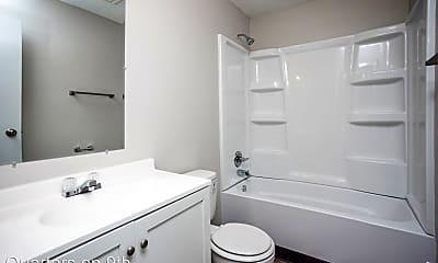 Bathroom, 5201 SW 9th Street, 2