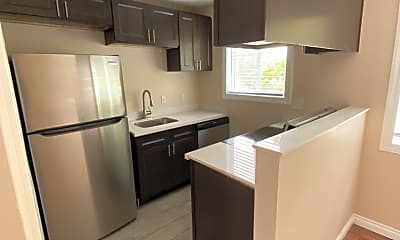 Kitchen, 10735 SW 69th Ave, 1