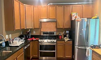 Kitchen, 816 Rockcreek Rd, 1